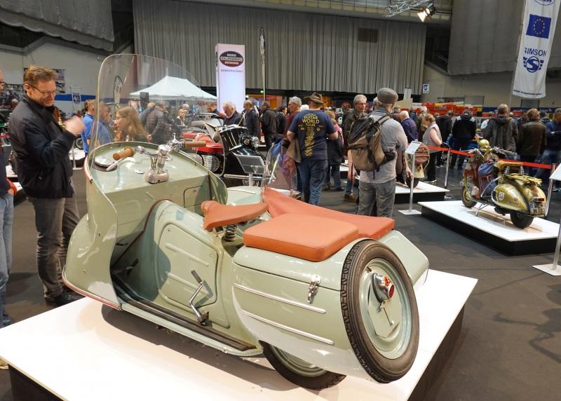 Ausstellung-70-Jahre-Motorrollerkultur