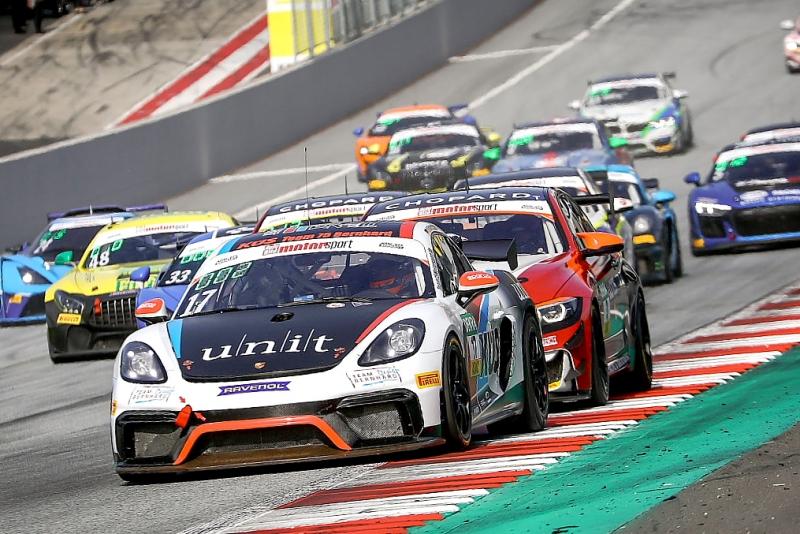 GT4-Fahrzeuge-starten-in-der-DTM-Trophy_Foto-ADAC-Presse