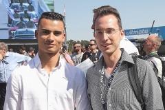 7_Pascal Wehrein (links und auf dem Bild zusammen mit Dirk Strähle), der Meister von 2015, kehrt in die DTM zurück