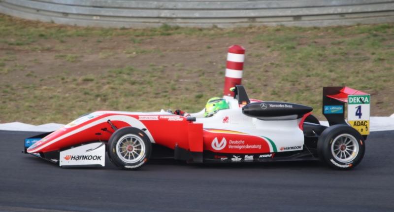 2-Mick Schumacher