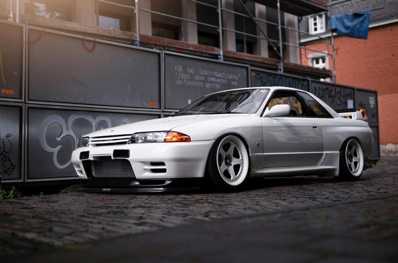 Nissan-Skyline