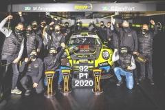 Das-Meister-Team-von-SSR-Performance_Foto-Porsche-AG