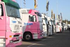 Standesgemässe-Truck-Liners-bringen-die-Boliden-an-die-Strecke_0210
