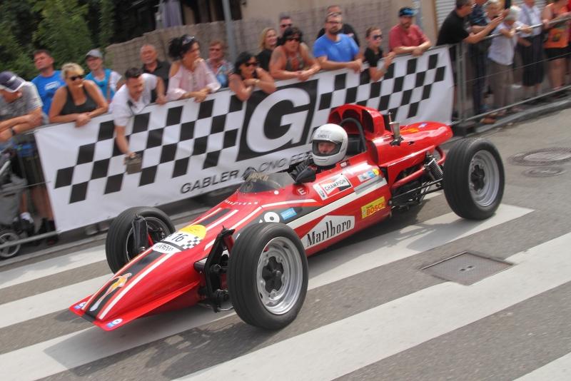 in-einem-McNamara-Formel-V-Rennwagen-startete-Keke-Rosberg-seine-Karriere