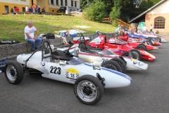 jeder-Formelwagen-zählt-mindestens-50-Lenze
