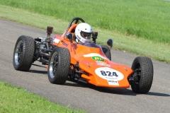 Thomas-Hanel-und-sein-1976er-Kaimen-Formel-V-Rennwagen_0222