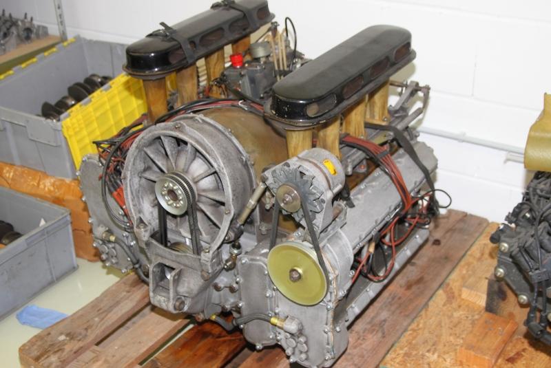 Motor-des-908-3000-ccm-350-PS