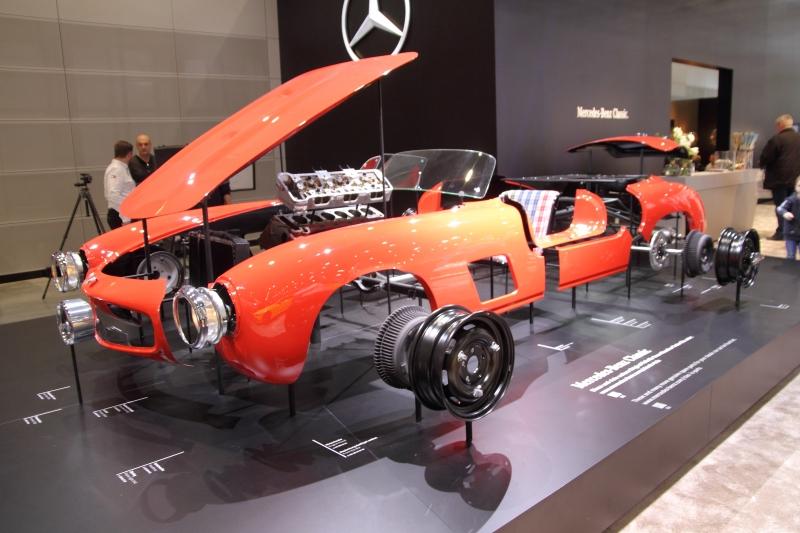 Teileaufbau im Mercedes SL - Foto Strähle