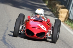den-Sharknose-Ferrari-Tipo-fuhr-Arturo-Merzario-156-_2073