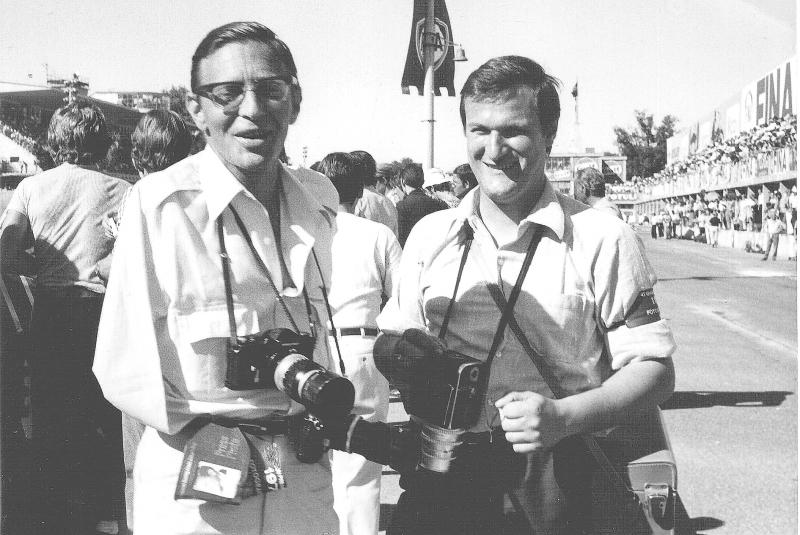 Fotografenkollegen: Dr. Hortolf Biesenberger (l.) und-Uli Schwab 1970 in Monza. Foto-Jutta-Fausel