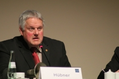 8-Hübner