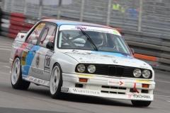 Die-klassischen-BMW-Rennfarben-zieren-den-M3-E30-der5-DTM-1989