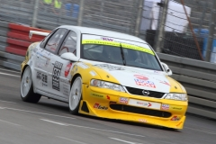 Gerhard-Füller-im-Opel-Vectra-1997-aus-dem-Super-Touren-Wagen-Cup-STW-