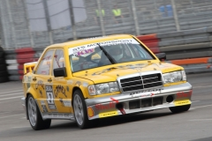 Oliver-Sellnick-im-Mercedes-Benz-190-E-von-1989